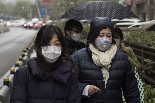 china-face-masks-beijing-pollution-nov10-2015.jpg