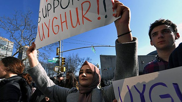 china-uyghurs-us-rally-un-feb5-2019.jpg