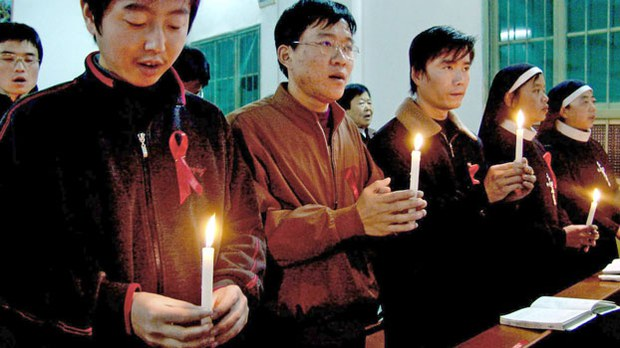 china-catholics-mass-for-aids-victims-shaanxi-file-photo.jpg