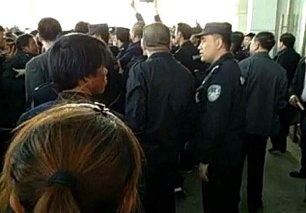 china-clash-041117.jpg