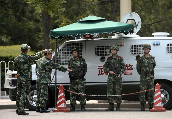china-armed-police-beijing-tiananmen-anniversary-june4-2014.jpg