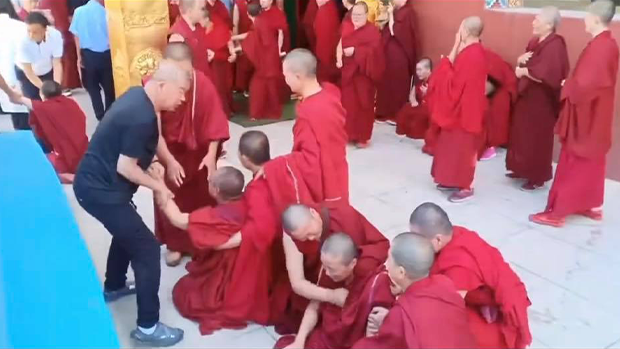 Local Government in Gansu Shuts Down Tibetan Temple, Evicts Monks, Nuns