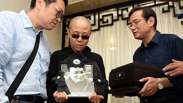 China Nobel Peace Laureate's Widow 'Potential Suicide Risk