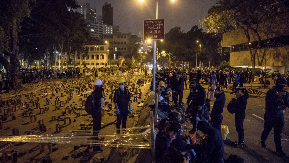 Hong Kong in Partial Shutdown as Clashes, Protests Continue