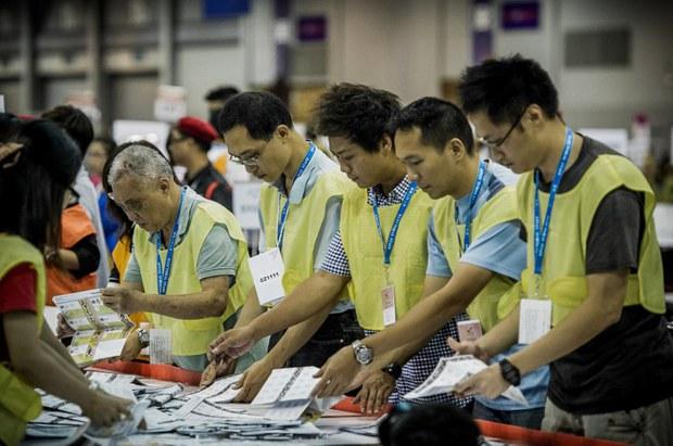 china-hong-kong-elections-sept-2012.jpg