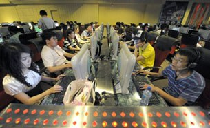 china-facebook-twitter-305.jpg