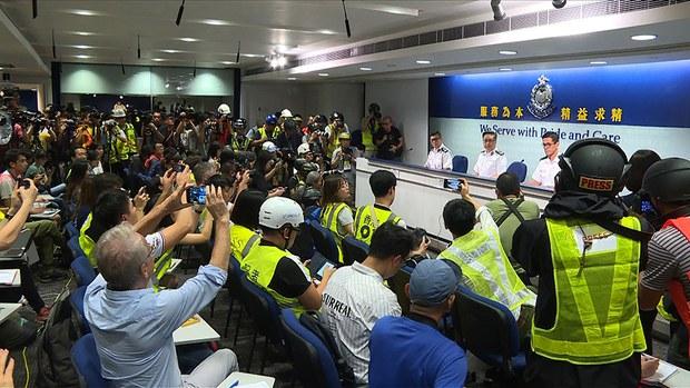 china-hk-journalists-protest-june-2019.jpg