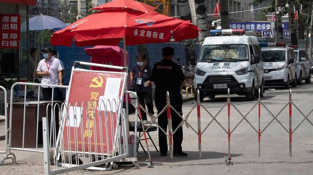 china-checkpoint2-061620.jpg