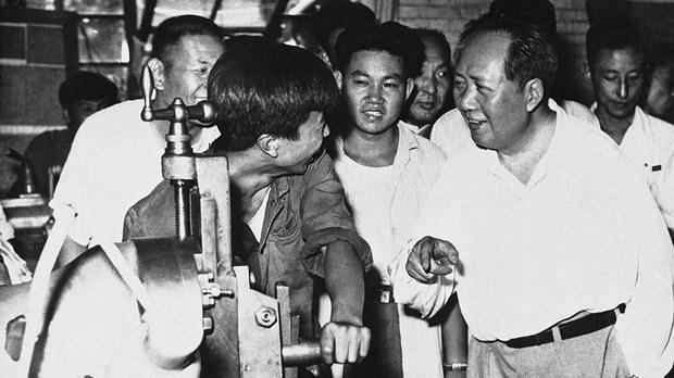 china-mao-zedong-students-sept-1958.jpg