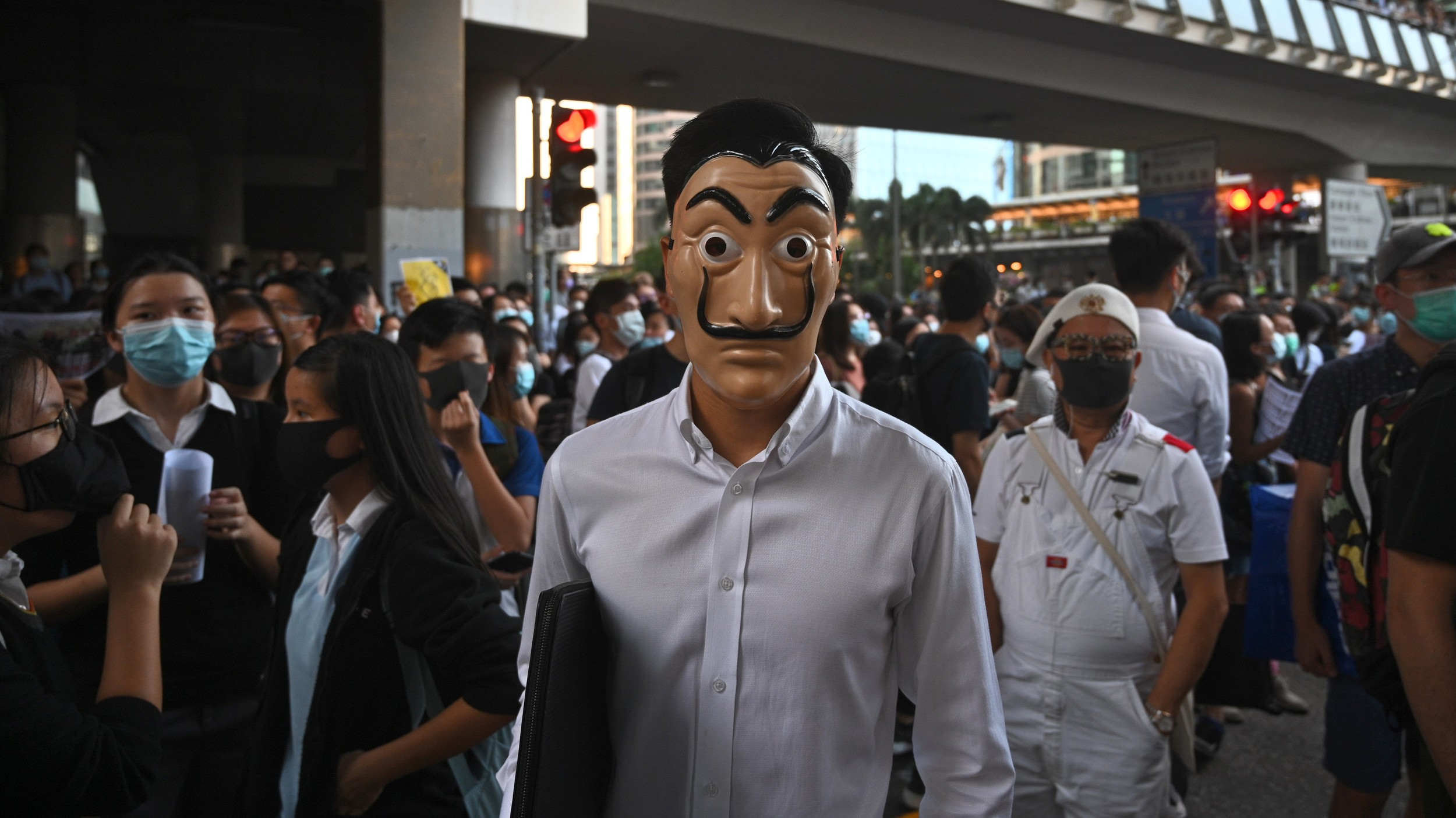 A man wearing a mask takes part in a protest in the Central business district in Hong Kong, Oct. 4, 2019. (Photo: AFP)
