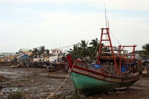 Vietnam Boat Mekong.JPG