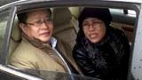 china-mo-shaoping-with-liu-xia-april23-2013.jpg