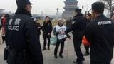 china-police-detain-petitioners-beijing-mar3-2018.jpg