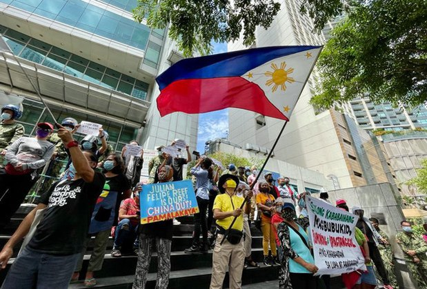 Philippines Warns Against Efforts to 'Erase' Landmark Ruling on South China Sea