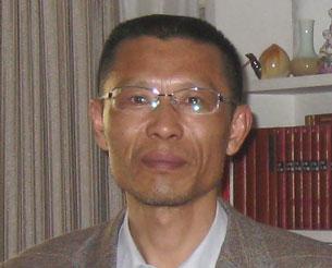 Shen Liangqing, April 2010.