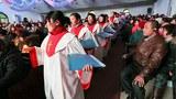 china-christians-christmas-eve-shandong-province-dec24-2012.jpg