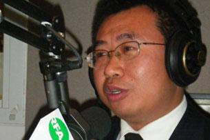 Rights lawyer Jiang Tianyong in RFA's studio in Washington D.C., Oct. 23, 2009.
