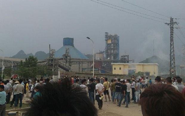 china-guangdong-incinerator-clash-april-2015-crop.jpg