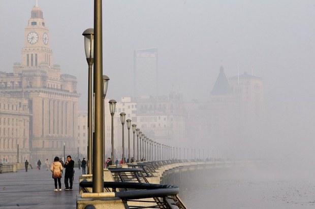 china-smog-shanghai-dec-2013.jpg