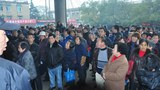 china-hunan-suicide-protest-305.jpg
