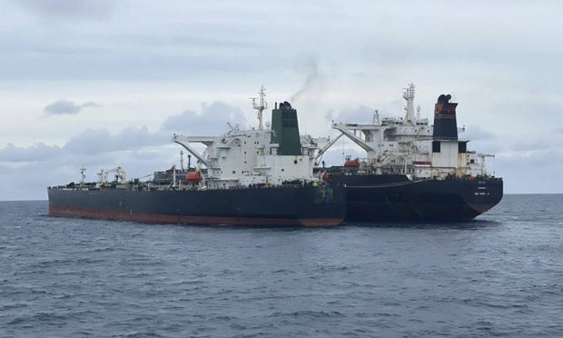 Indonesian Authorities Probe Iranian, Chinese Crews of Tankers Over Oil Transfer