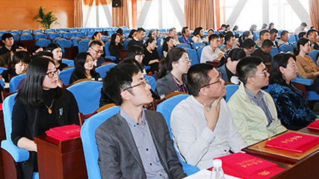 china-weihaistudents2-040819.jpg