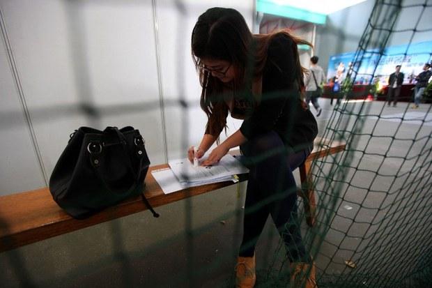 china-job-fair-2012.jpg