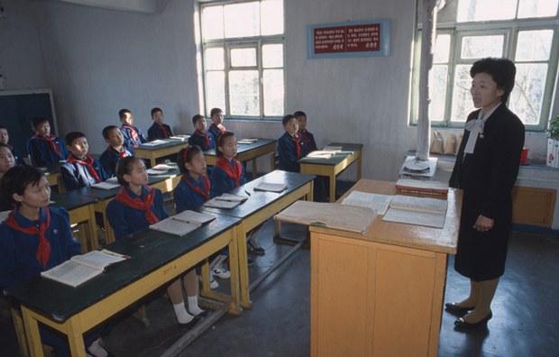 north-korea-wonsan-classroom-dec16-2011.jpg