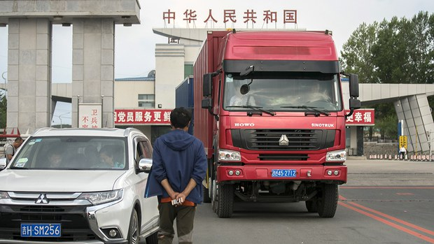 nk-truck-at-china-border-sept-2017.jpg
