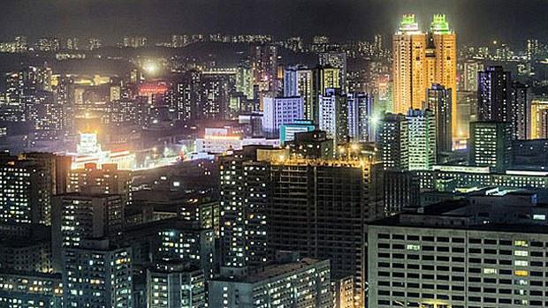 korea-nightlight2-110617.jpg