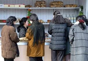 Buying-Food-305.jpg