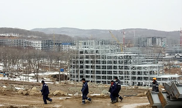 North Korea Puts $10,000 Bounty on Escaped Construction Workers in Russia