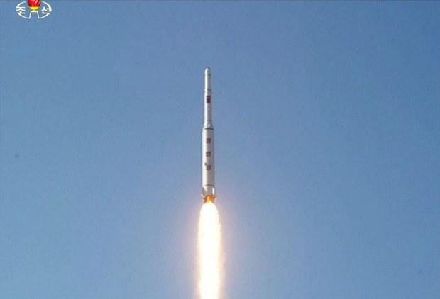 korea-rocketlaunch-feb92016.jpg