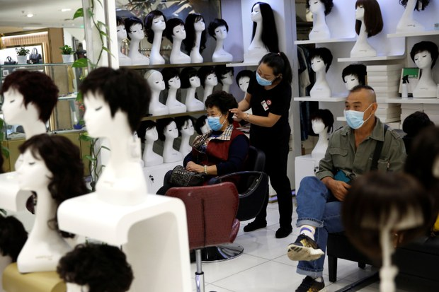 North Korea Says it Won't Make Chinese Wigs and False Eyelashes Once Trade Resumes