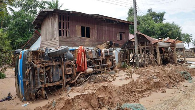 laos-truck-mud-dam-flood-mai-village-sanamxay-attapeu-aug-2018.jpg