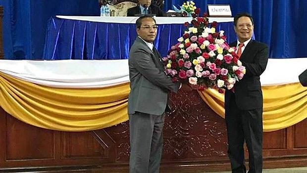 lao-governor2-102218.jpg
