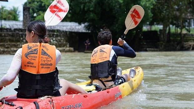 laos-canoe2-020419.jpg