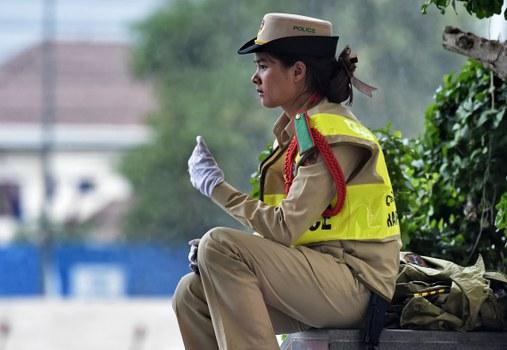 laos-traffic-police-officer-vientiane-sept-2016.jpg