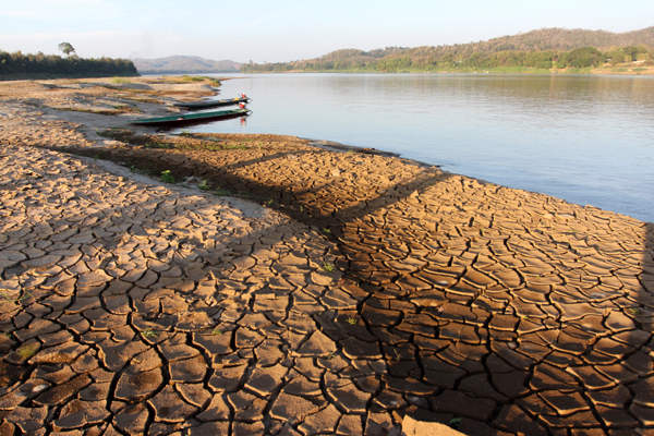 the causes of drought in thailand Thai government increased investment in its water sector and has  although  climate change appears to be the main cause of drought.
