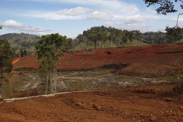 laos-deforestation-2011.jpg