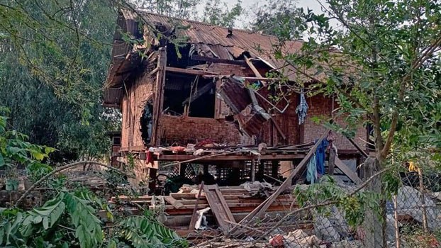myanmar-house-destroyed-during-fighting-bhamo-kachin-apr12-2021.jpg