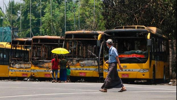 myanmar-public-buses-burned-kyimyindaing-yangon-apr12-2021.jpg