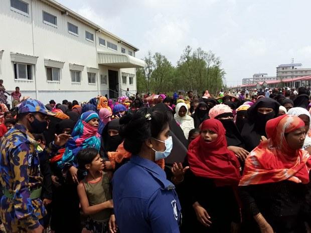 Rohingya Protest as UN Officials Visit Bangladesh Refugee Island