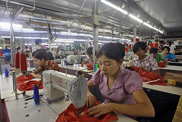 salida Falsedad Mojado  Myanmar Business Owners Object to Proposed Minimum Wage Increase