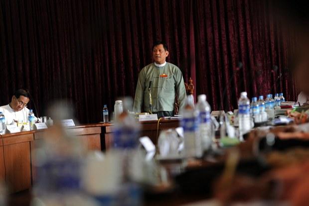 myanmar-tin-aye-oct-2013.jpg