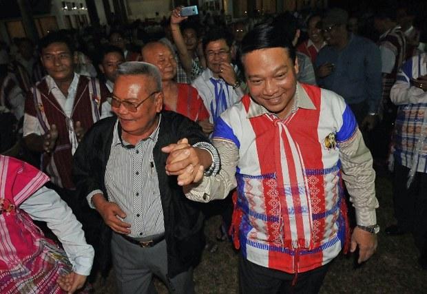 myanmar-immigration-minister-nov-2012.jpg