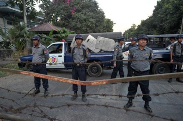 myanmar-letpadaung-protest-chinese-embassy-dec29-2014.jpg