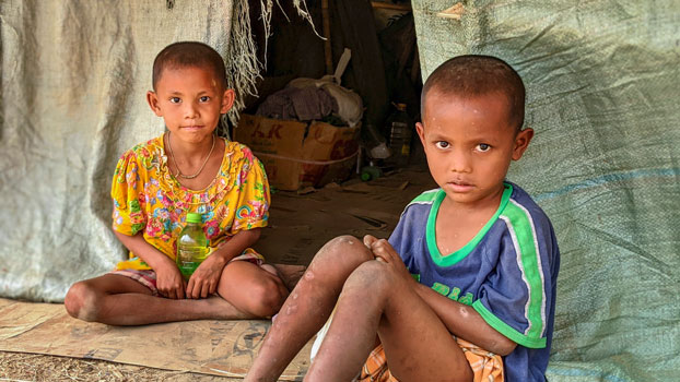 Myanmar children who fled fighting between government troops and ethnic rebels in northern Rakhine state find temporary shelter at the Mittaparami Buddhist Monastery in Rakhine's capital Sittwe, April 11, 2020.