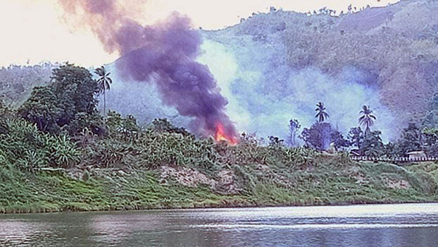 100 Houses Burned in Abandoned Chin State Village Amid Myanmar-Arakan Army Conflict
