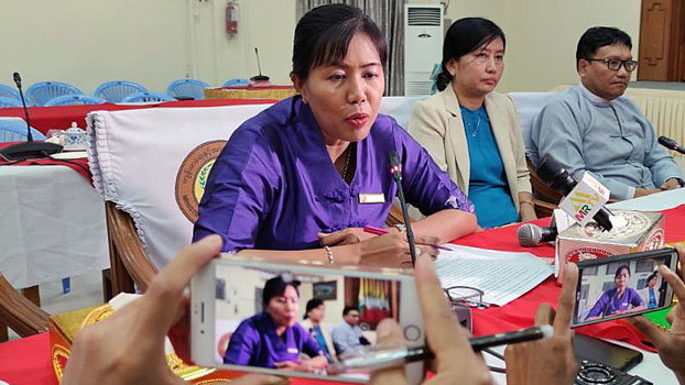 Dr. Khin Khin Gyi from Myanmar's Ministry of Health and Sports speaks to reporters at a COVID-19 news conference in Naypyidaw, Jan. 24, 2020.